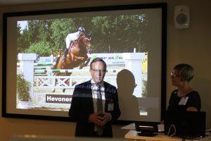 Elinkeinoministeri Lintilä:  Hevosessa on vetovoimaa ja matkailussa mahdollisuuksia